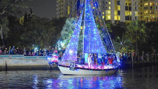 fl-fort-lauderdale-boat-parade13a-jpg-20141213