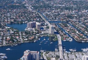 North Las Olas Isles