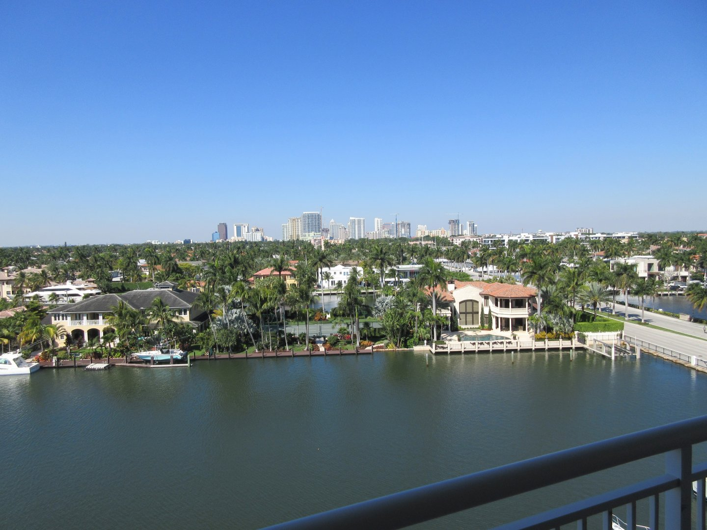 321 Sunset Dr, Unit #7 Luxury Real Estate