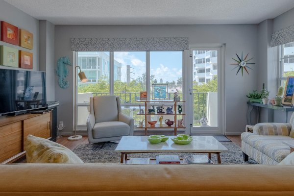 340 Sunset Dr, Unit #401, Fort Lauderdale FL