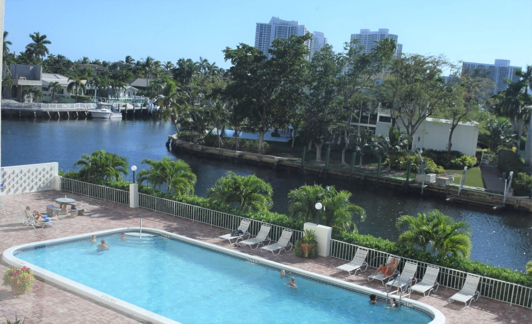 401 Golden Isles Dr, Unit #313 Luxury Real Estate