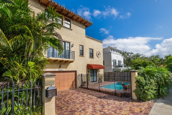1311 NE 2nd St, Unit #3, Fort Lauderdale FL