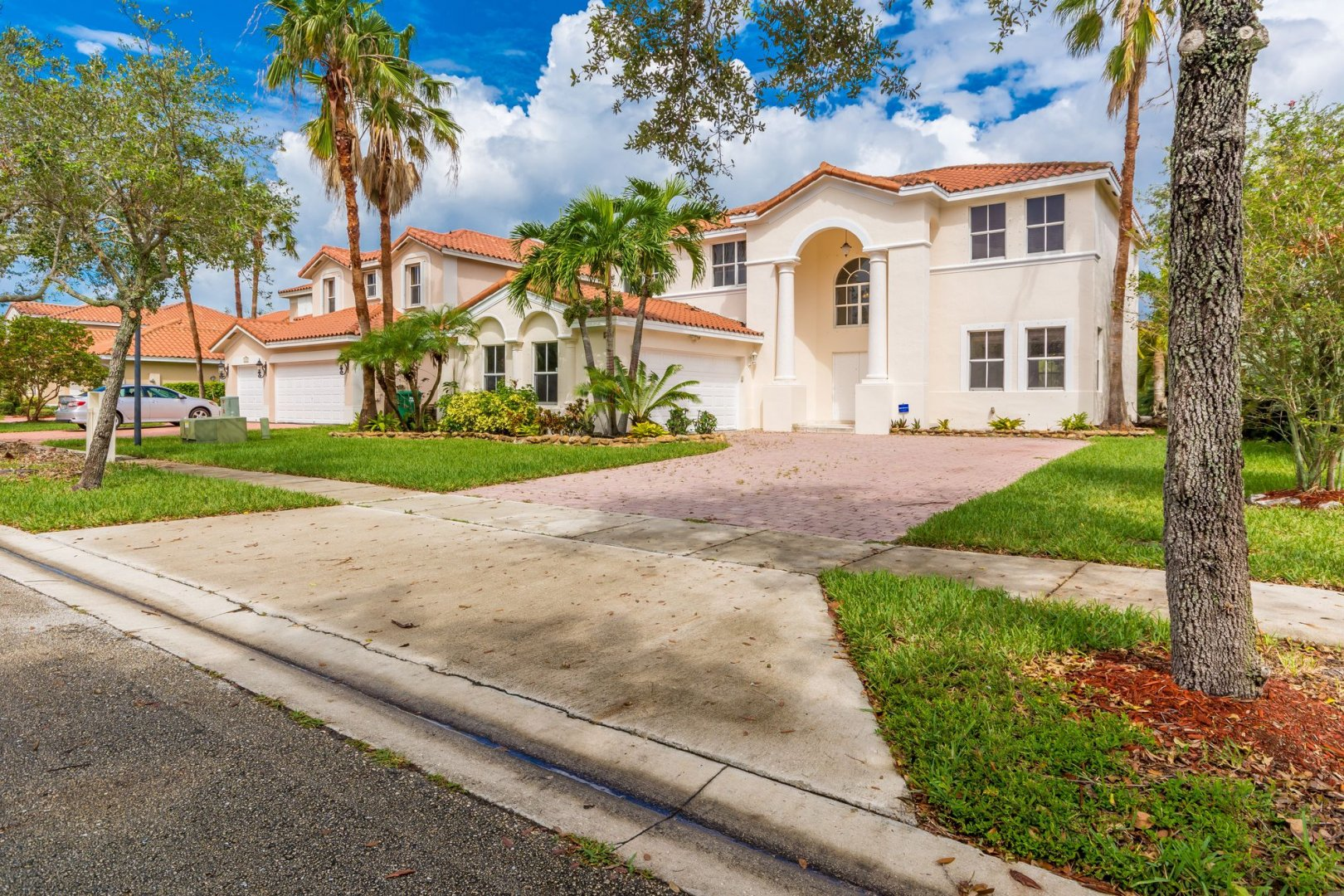 16221 SW 36th St Luxury Real Estate