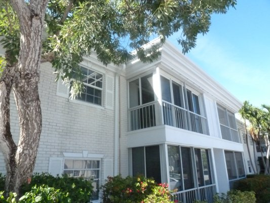 6381 Bay Club Dr, Unit #3, Fort Lauderdale FL