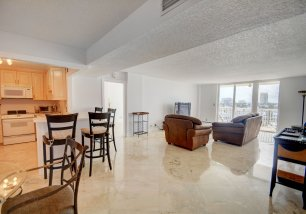 1 Las Olas Cir, Unit #614
