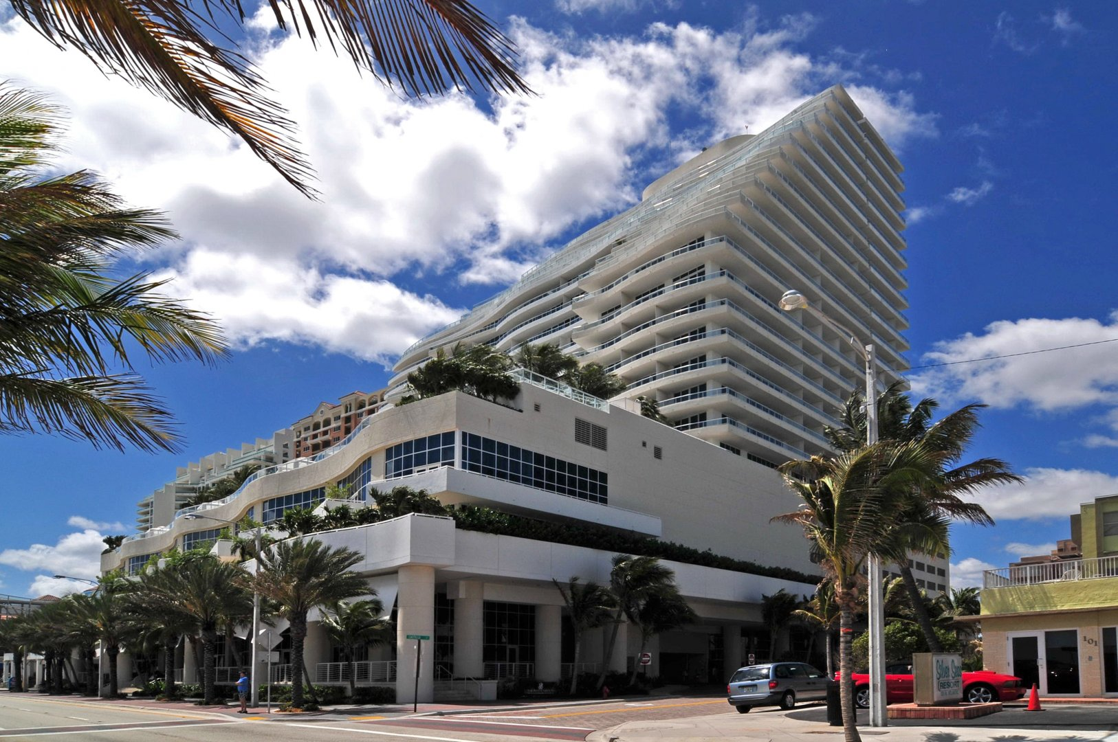 1 N Ft Laud Bch Blvd #1906, Unit #1906 Luxury Real Estate