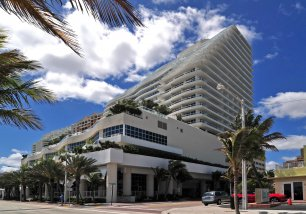 1 N Ft Laud Bch Blvd #1906, Unit #1906