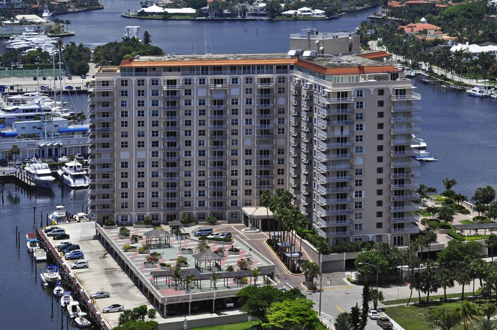 1 Las Olas Cir #1405, Unit #1405 Luxury Real Estate